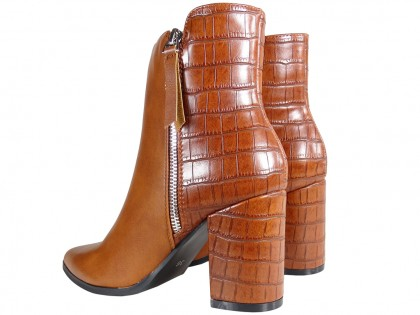 Brown insulated women's heeled boots - 2