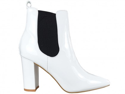 White lacquered women's heeled boots - 1