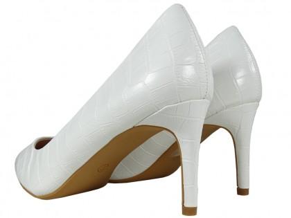 Białe niskie szpilki buty ślubne półmatowe - 2