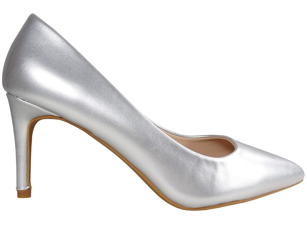 Niskie srebrne matowe szpilki damskie - 1