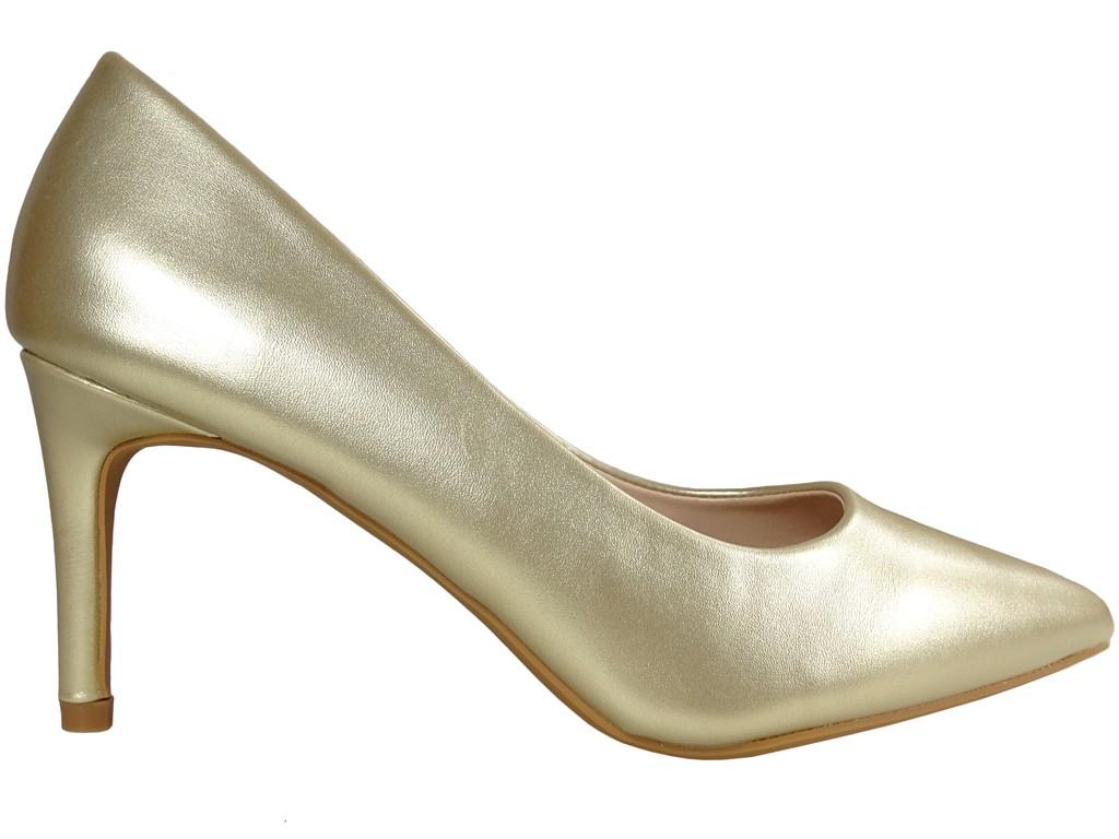 Niskie złote matowe szpilki damskie - 1