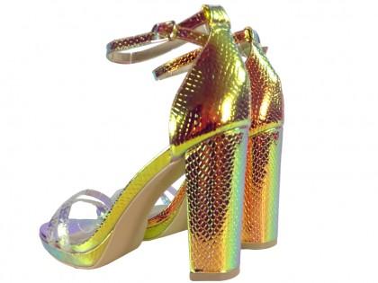 Złote opalizujące sandały damskie na słupku - 2