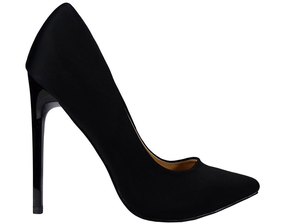 Wysokie szpilki damskie czarne z tkaniny